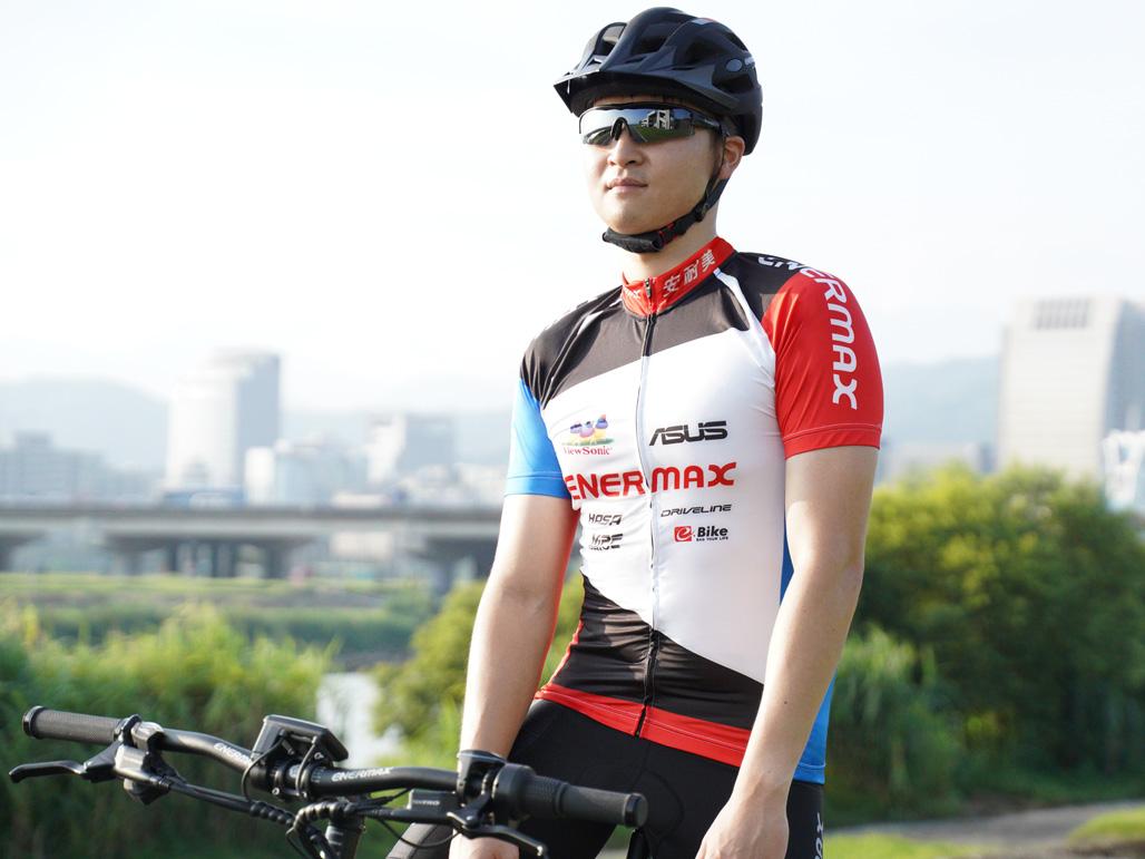 ENERMAX自行車短袖車衣